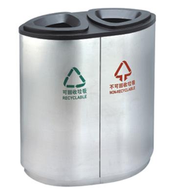 宝安机场分类垃圾桶