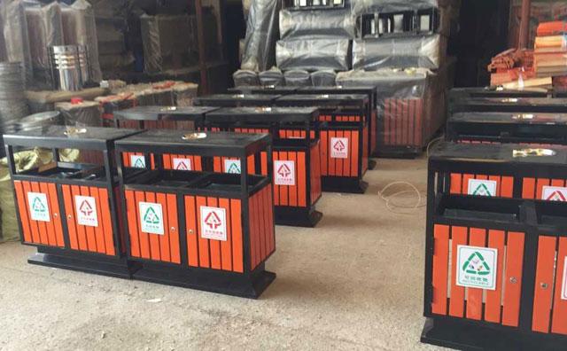 钢木垃圾桶防腐木和普通木条区别