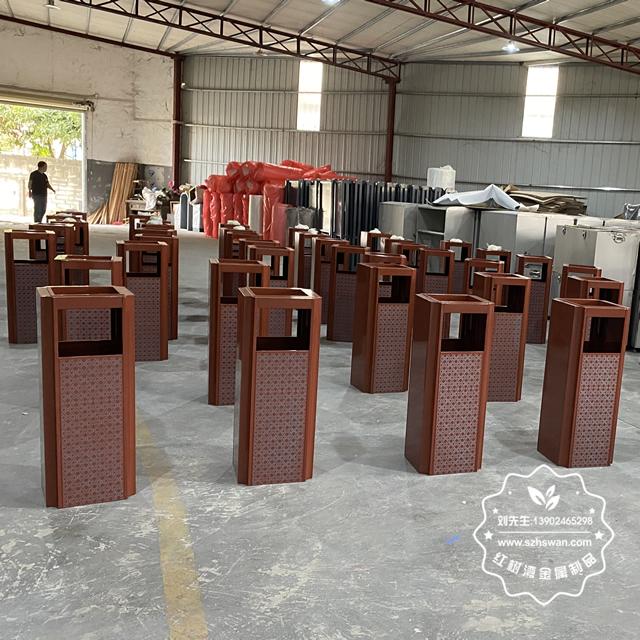 不锈钢垃圾桶的环保性能